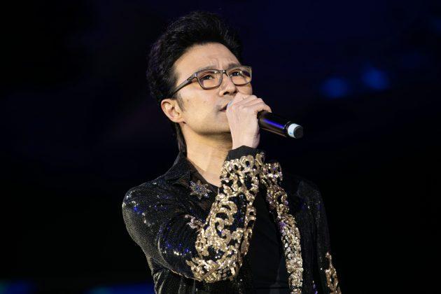 摇滚巨星汪峰献唱 | Chinese rockstar Wang Feng