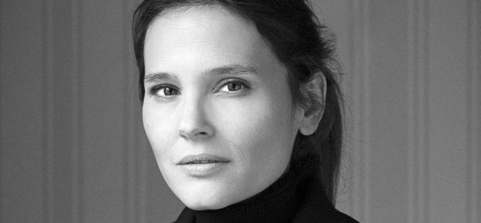 闪耀迷人的法国女演员维吉妮·勒朵恩将担任本届法国电影展映的形象大使 | Virginie Ledoyen to be patron of the 15th French Film Panorama in China