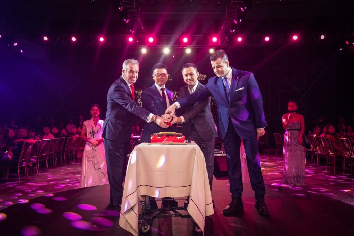 Leaders of Wanda Hotels & Resorts Proposed Toast During the Event