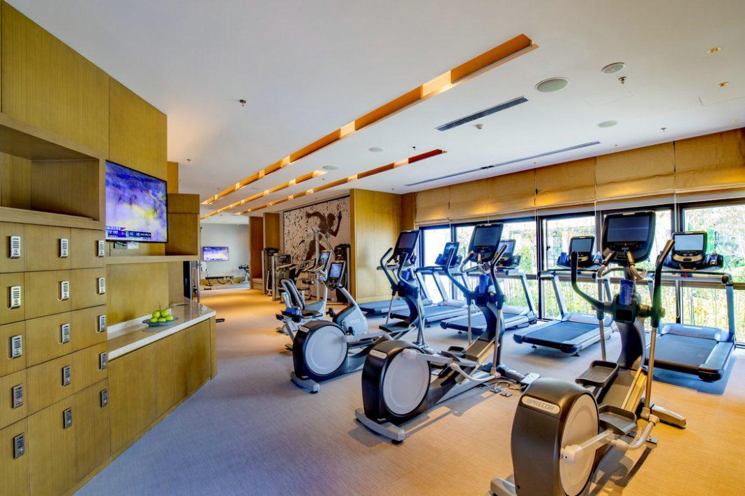 健身中心   24-hour Fitness Centre