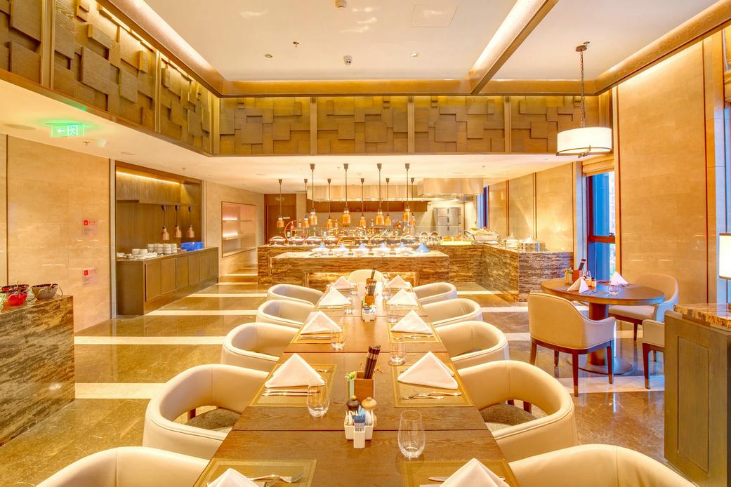 盛宴标帜西餐厅 | Feast, the Signature Restaurant