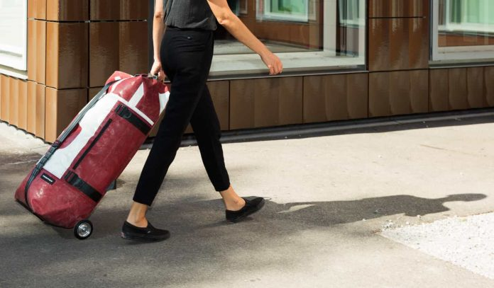 """FREITAG发布可充气""""飞艇""""ZIPPELIN包 