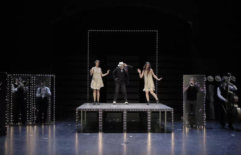 在惠州看戏剧《庞氏骗局》 | The Ponzi Scheme Comes to Theatre in Huizhou