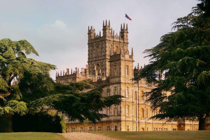 《唐顿庄园》拍摄地海克利尔城堡 | Highclere Castle - Home of Downton Abbey