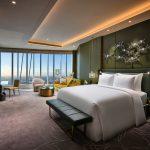 上海之巅-云端艺邸 J酒店上海中心绽放申城 | Cultivated Art in the Clouds: J Hotel Shanghai Tower Debuts at the Summit of Shanghai