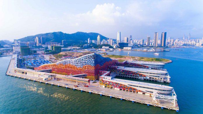 从蛇口乘船前往香港机场须持72小时核酸检测报告   Ferry Trips to Hong Kong Airport Need 72-hour Nucleic Acid Testing